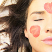 3 Reasons To Get Laser Hair Removal (And 3 Reasons Not To)